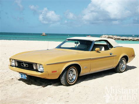 ford mustang 1973 mump 1301 01 1973 ford mustang covertible front three