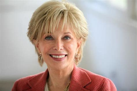 photo of leslie stahls haircut veteran journalist lesley stahl to speak at o connor