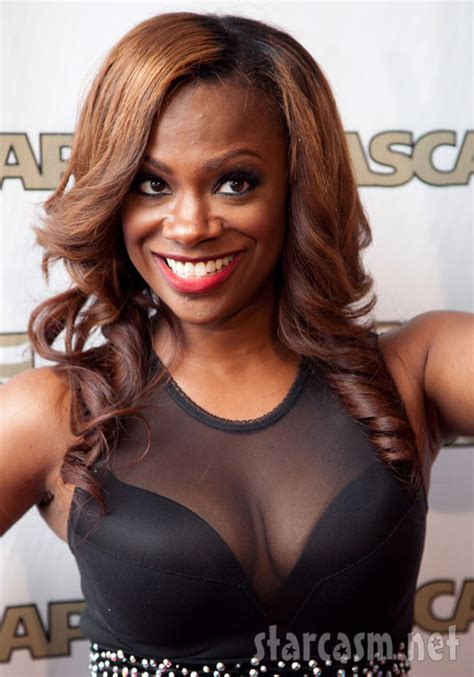 kandy short styles on real housewives of atlanta atlanta housewife kandi burruss lands her own special