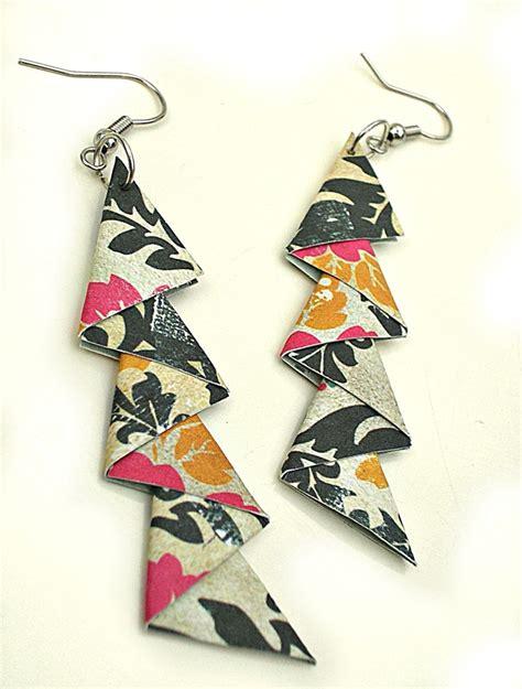 Paper Earrings Tutorial - sandys space paper earrings tutorial jewelry ideas