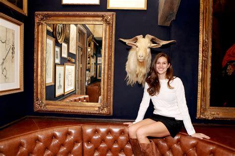 meg sharpe designer   lion  bills   york
