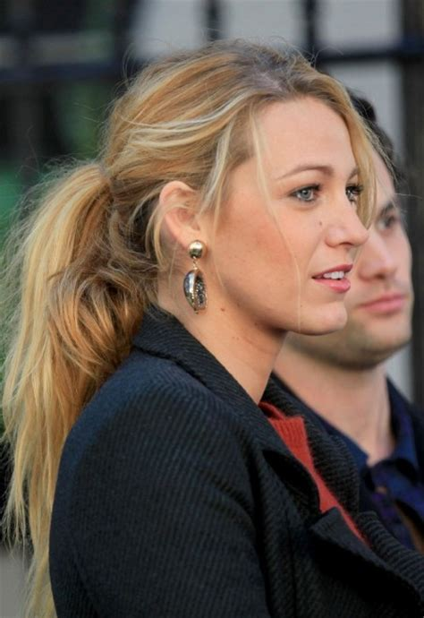 casual pony hairstyles casual ponytail hairstyle from blake lively hairstyles