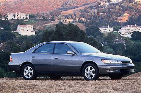 car service manuals pdf 1995 lexus es interior lighting 1997 01 lexus es 300 consumer guide auto