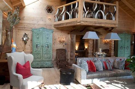 Chalet Decorating Ideas by Alpine Chalet In Style Shows Deco