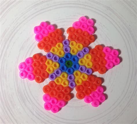 fiore con la s rosa creazioni fiore con le hama della pyssla ikea