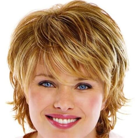 Feather Layered Haircut | 50 remarkable short haircuts for round faces hair motive
