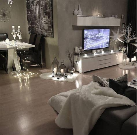 wohnzimmer suiten die besten 25 feminine wohnzimmer ideen auf