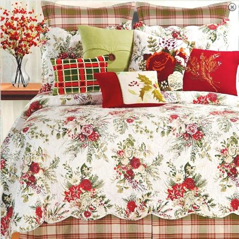 christmas comforters and quilts jardin rouge full queen quilt set cottage chic red