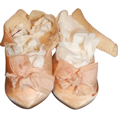 antique pink silk jumeau doll shoes from joycedolls on