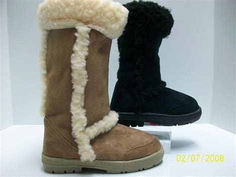 hugs boots fur linned or black hugs boots all size s ebay
