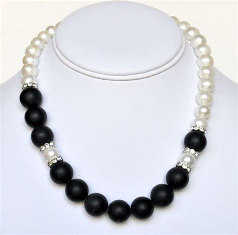 pearl necklace black handmade beaded jewelry in silver