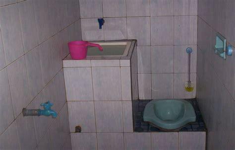desain gambar lu duduk inilah desain kamar mandi sederhana dengan kloset jongkok