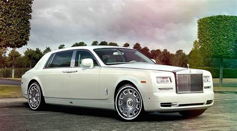 rolls royce phantom stretch rolls royce phantom limo cheap limo hire from 163