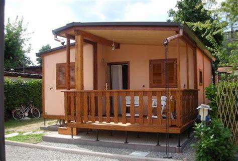 cottage in legno prefabbricati bungalow prefabbricati
