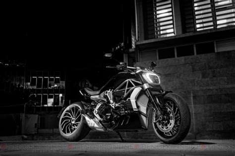 Jaket Motor Flm Touring Black kennedy is a zombie s worst nightmare in resident