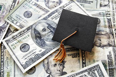 Scholarship And Grants Giveaways - government grants learn how to get free money from the government