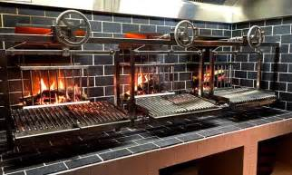 Outdoor Fireplace Grate - wood burning grill in restaurant design google search b e pinterest restaurant design