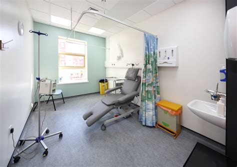 chemotherapy room chemotherapy treatment room cook hospital south tees hospitals nhs foundation trust
