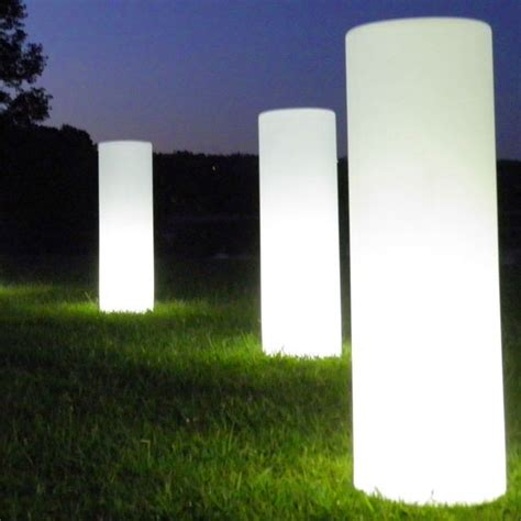 lichtobjekte garten leuchte turm jardinchic