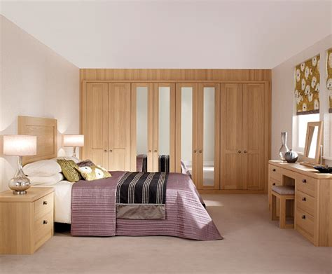 Fitted Bedroom Furniture For Small Bedrooms Fitted Bedroom Wardrobes Hepplewhite Fitted Bedrooms
