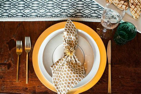 7 Super Tips for Hosting a Dinner Party