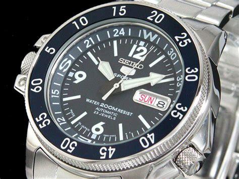 Seiko 5 Sport Mapmeter Skz221k1 watchwagon seiko 1