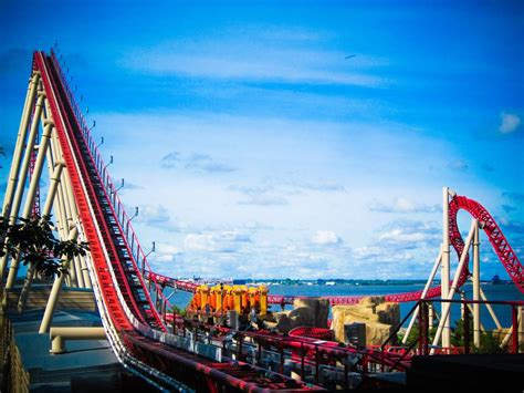 theme parks in us best theme parks in america popsugar smart living