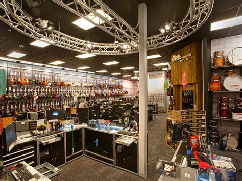 Guitar Center Corporate Office by The Dave Grundfest Company