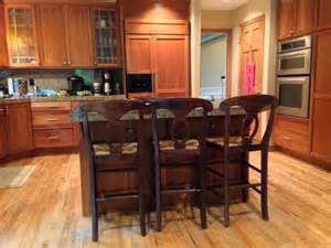 Wall Colors For Kitchens With Oak Cabinets need help with my hardwood floors