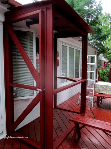 hometalk build a catio a tiny screen house for kitty cats