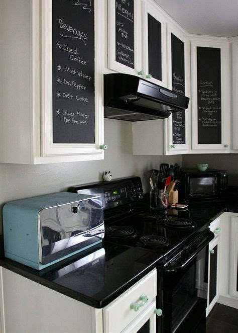 a retro dining room kitchen makeover with 50s style