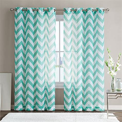 what colors go with mint green what color curtains go with mint green walls mint green