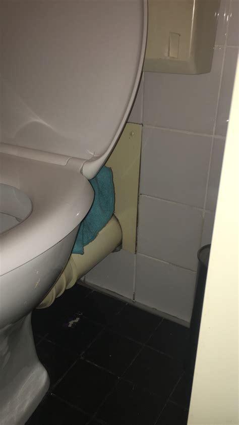 binnenwerk stortbak toilet vervangen stortbak van het toilet vervangen werkspot