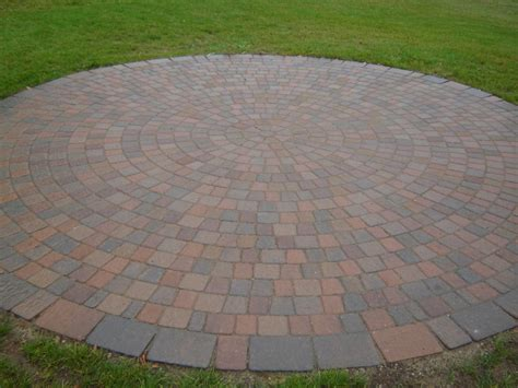 Circular Paver Patio Circle Patio Brick Pavers Patio And Circles