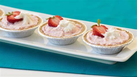 Strawberry Cheesecake Two Ways Beginner Expert by Mini Strawberry Cheesecake Whips 174 Pies Recipe From Betty