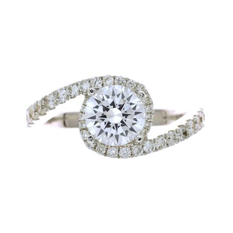 quot curvy quot engagement ring setting in 18kt white gold