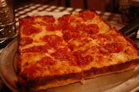Pizza Kitchen Dearborn Mi by The 10 Best Restaurants In Dearborn Michigan
