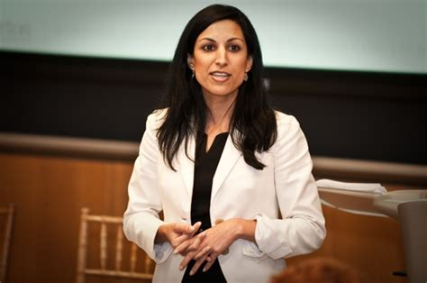 Admission Director For Wharton Mba by Wharton Adcom Makes An Abrupt Exit