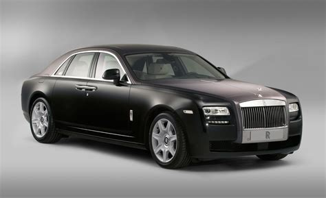 rolls royce ghost car and driver