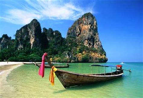 living on a boat thailand living lusciously row row row your boat