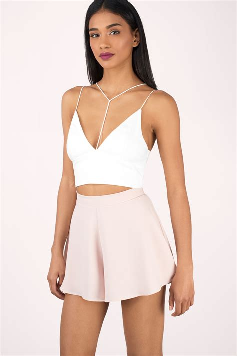 To Trendy White trendy black crop top spaghetti top black crop