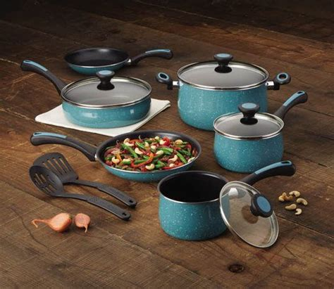 Pots Kitchen Menu by 33 Best The Gift Shop At Paula Deen S Family Kitchen