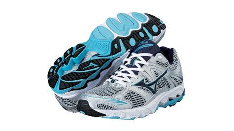 mizuno shoes for flat the 8 best sneakers for runners with flat complex