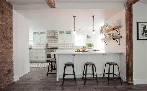 Small Cottage Renovation Ideas by White Decorating Ideas Brighten Up Cottage Renovation