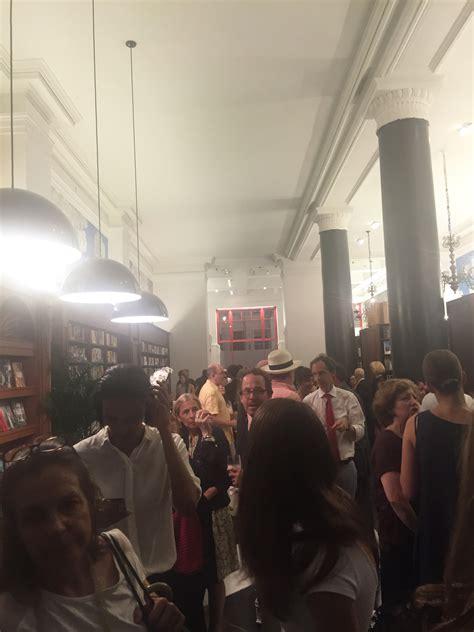 libreria rizzoli roma la riapertura dello storico store di rizzoli sulla