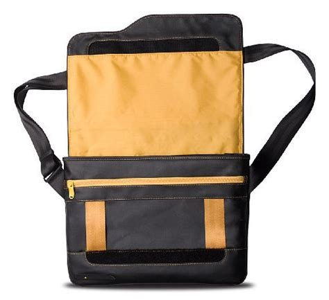Le Reporter Bag For Macbook by Be Ez Le Reporter For 13 Inch Macbook Air Black Safran From Be Ez Macbag
