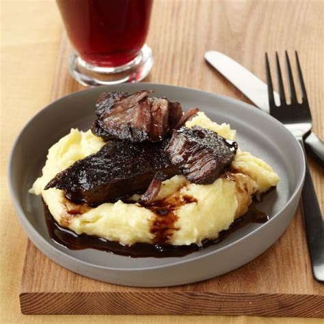 Tom Colicchio Short Ribs | braised short ribs recipe tom colicchio food wine