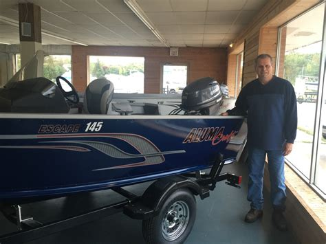 boat motor repair escanaba mi you can save thousands on this alumacraft 145 escape at