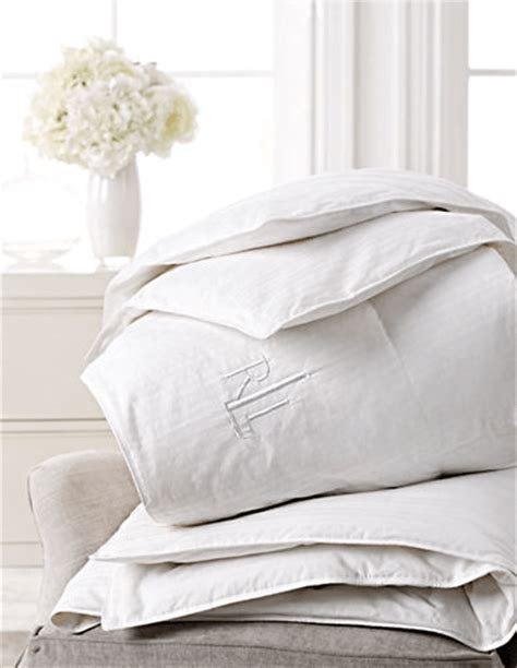 Bed Pillows Deals Hudson S Bay Canada Clearance Deals Up To 50 Bedding