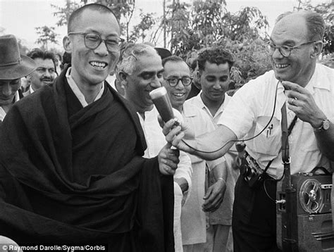 teenager biography exle dalai lama retires from political role at the helm of